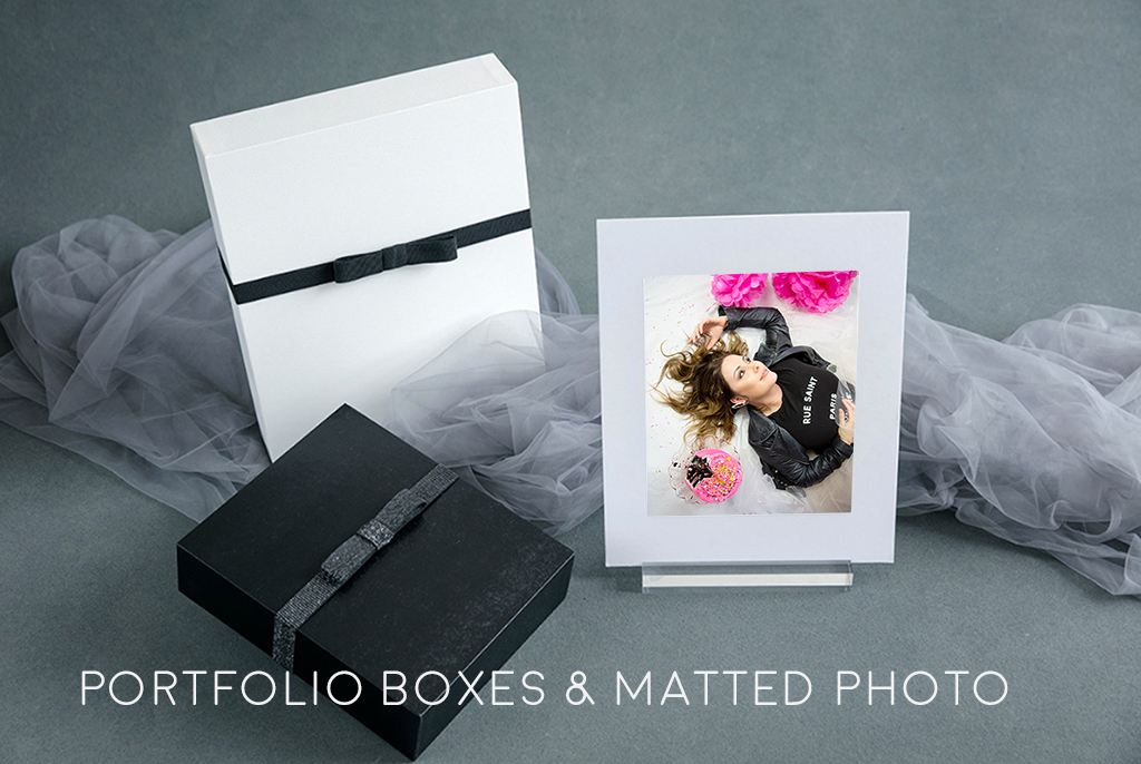 Porfolio-boxes-and-matted-photo